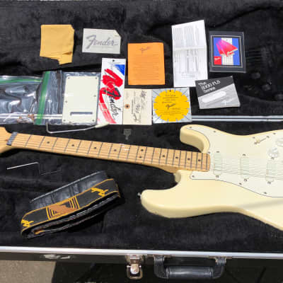 Fender Strat Plus with Maple Fretboard 1989 White for sale