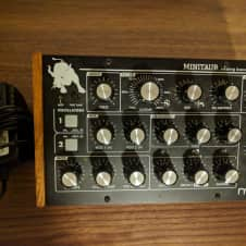 Moog Minitaur Bass Synth With Wood Panels, Black