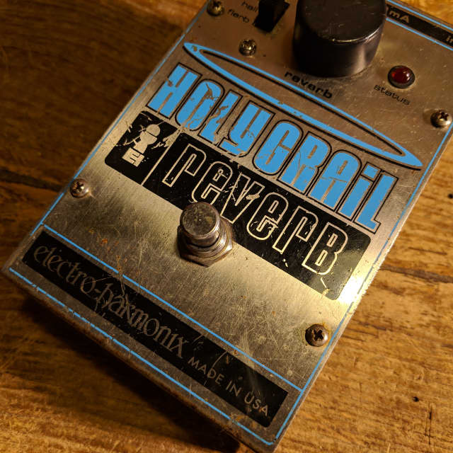 Electro-Harmonix Holy Grail (Old Version) image