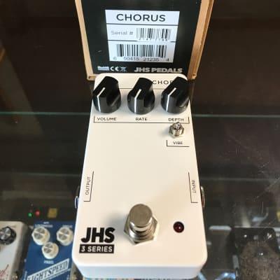 JHS 3 Series Chorus