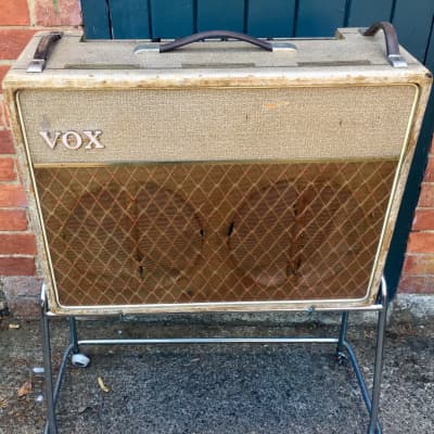 "Vox AC-30/4 2-Channel 30-Watt 2x12"" Guitar Combo 1960 - 1961"