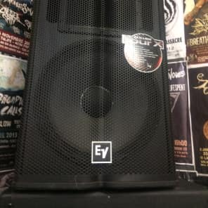 "Electro-Voice TX1152 Tour Series 15"" 2-Way Passive Speaker"