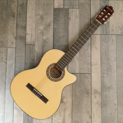 Crafter HC-270CE/N  Nylon String Electro Cutaway Acoustic guitar, Satin Natural for sale