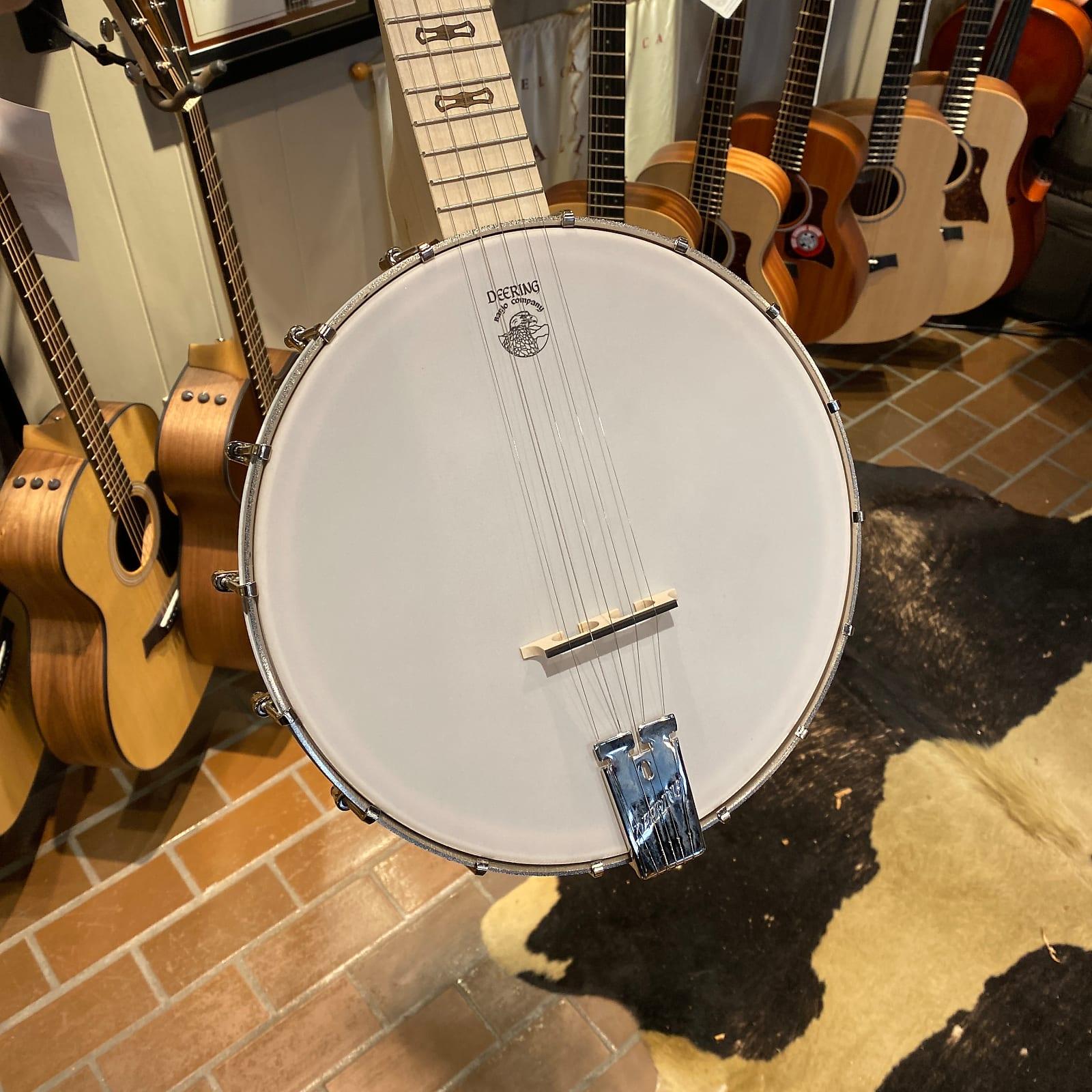 Deering Goodtime 5 String Banjo with Bag