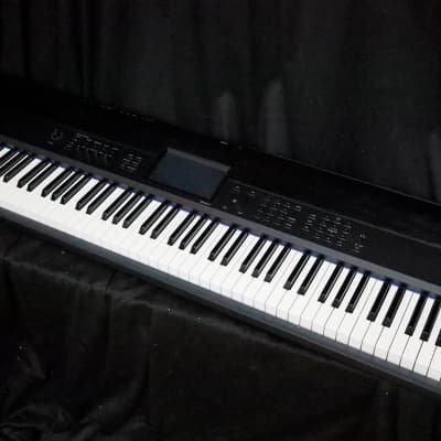 Korg Krome 88 - Shipping Included*
