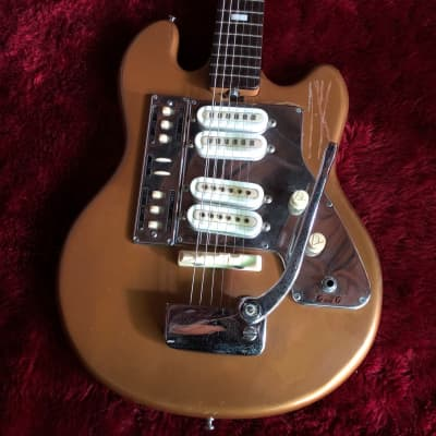 """c.1960s Guyatone LG-140T Offset Body MIJ Vintage Guitar """"Aged Gold"""" for sale"""
