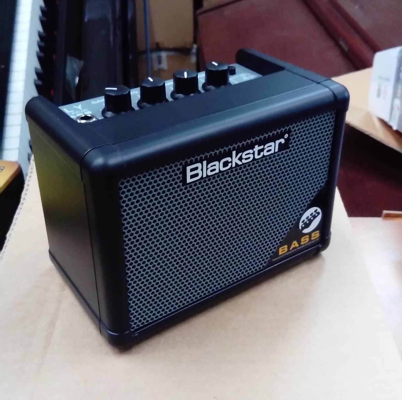 blackstar fly 3 bass 1x3 3w battery powered mini bass combo reverb. Black Bedroom Furniture Sets. Home Design Ideas