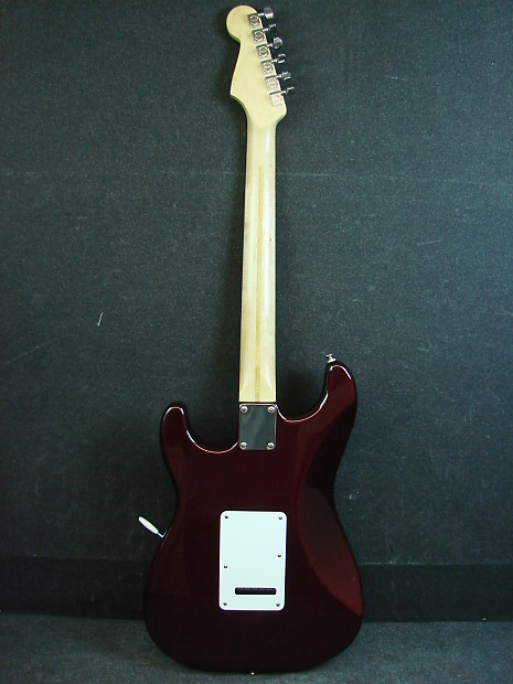 1999 Fender MIM Stratocaster Made in Mexico Electric Guitar W/Bag