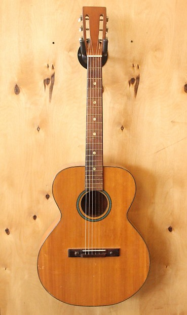 Precision Bass Electric Guitar Antigua Finish USA OHSC Vintage Kitarat.