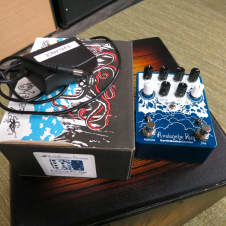 Used EarthQuaker Devices Avalanche Run Stereo Delay & Reverb