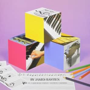 Neil A Kjos Music Company Bastien Piano Basics: Theory (Level 1)