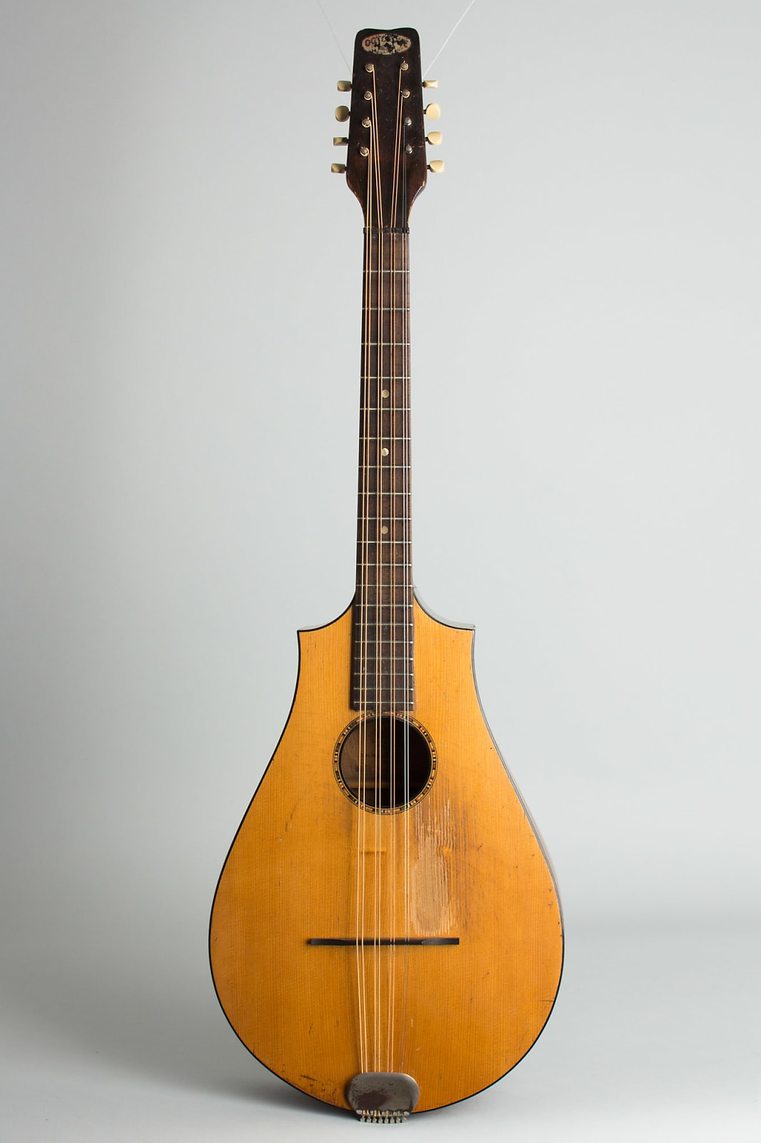 Regal Octofone c. 1929 naturaltop, dark stained back and sides