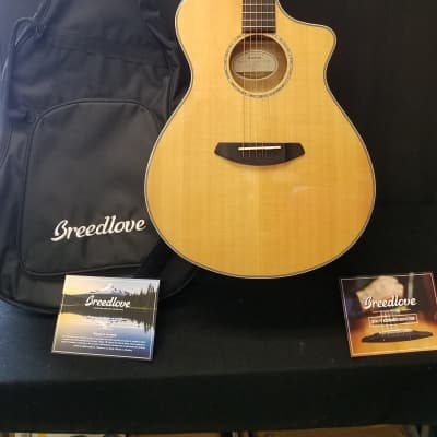 Breedlove Pursuit Extoic Concert CE MY 2019 Natural Myrtlewood