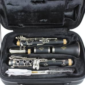 Buffet Crampon B18 Student Model Clarinet Outfit w/ Case