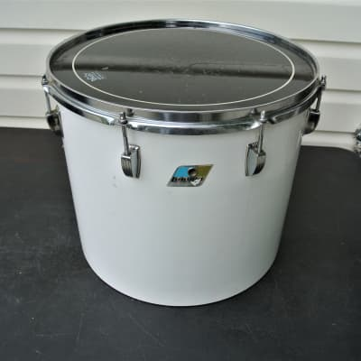 """Ludwig 16"""" concert tom rare in Solid white 1979"""