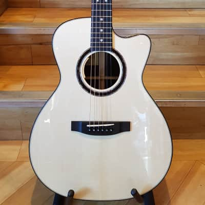Lakewood M32CP Natural Gloss for sale