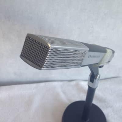 Sennheiser MD441-N dynamic microphone