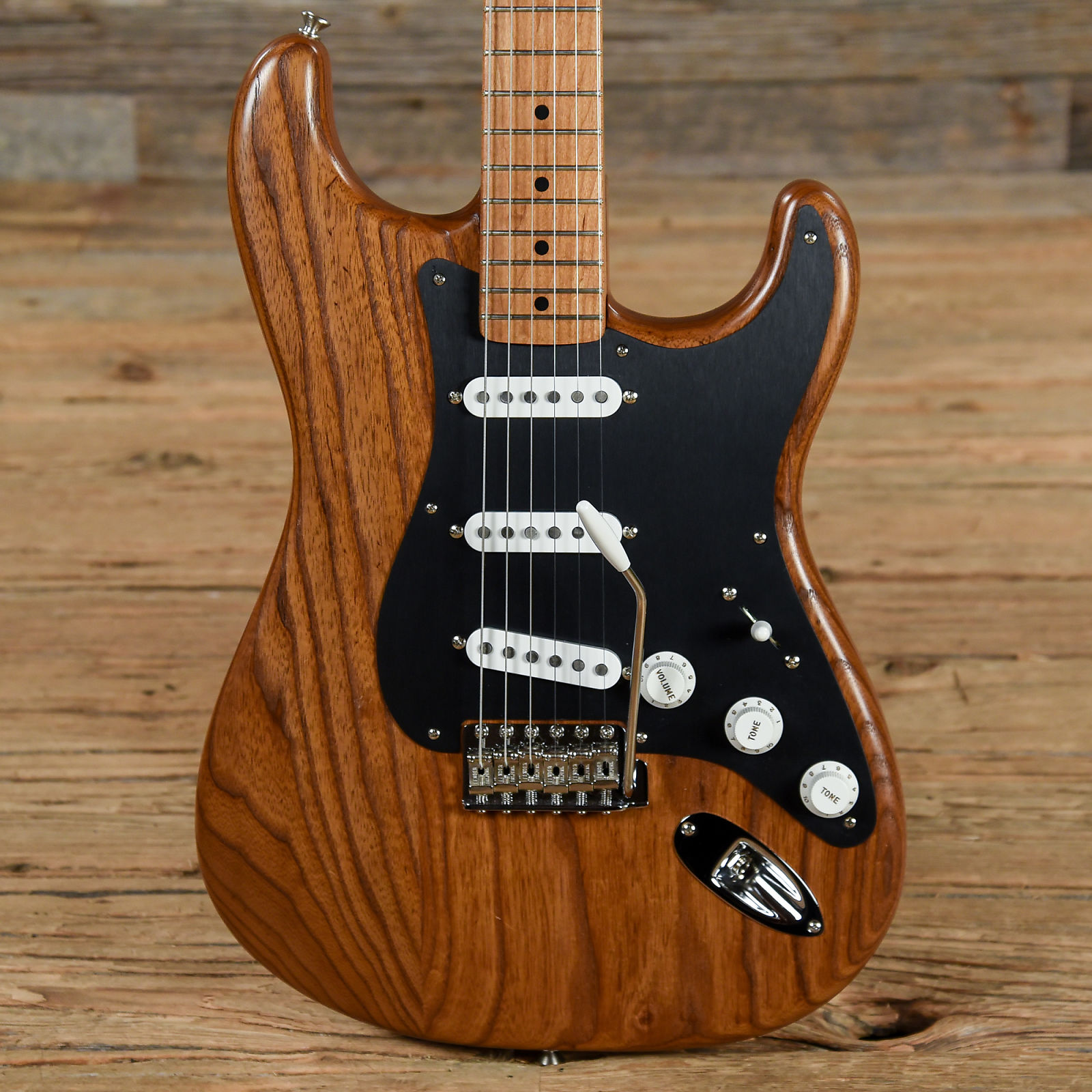 fender fsr limited edition 56 roasted ash stratocaster natural used