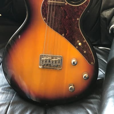 Works Great With Footswitch - Line 6 Variax 500 Sunburst for sale