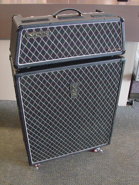 vintage vox beatle v1143 solid state bass guitar amplifier reverb. Black Bedroom Furniture Sets. Home Design Ideas