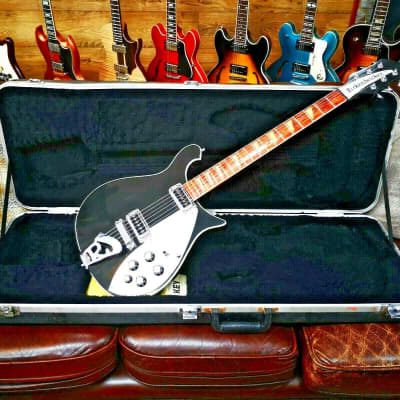 Rickenbacker Rickenbacker 620, Jetglo 2007 inc case 2007 black / jetglo for sale