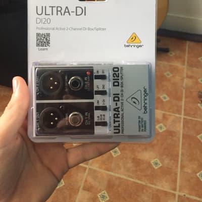 Behringer Ultra-DI DI20 2-Channel Active Direct Box / Splitter 2019 Standard.