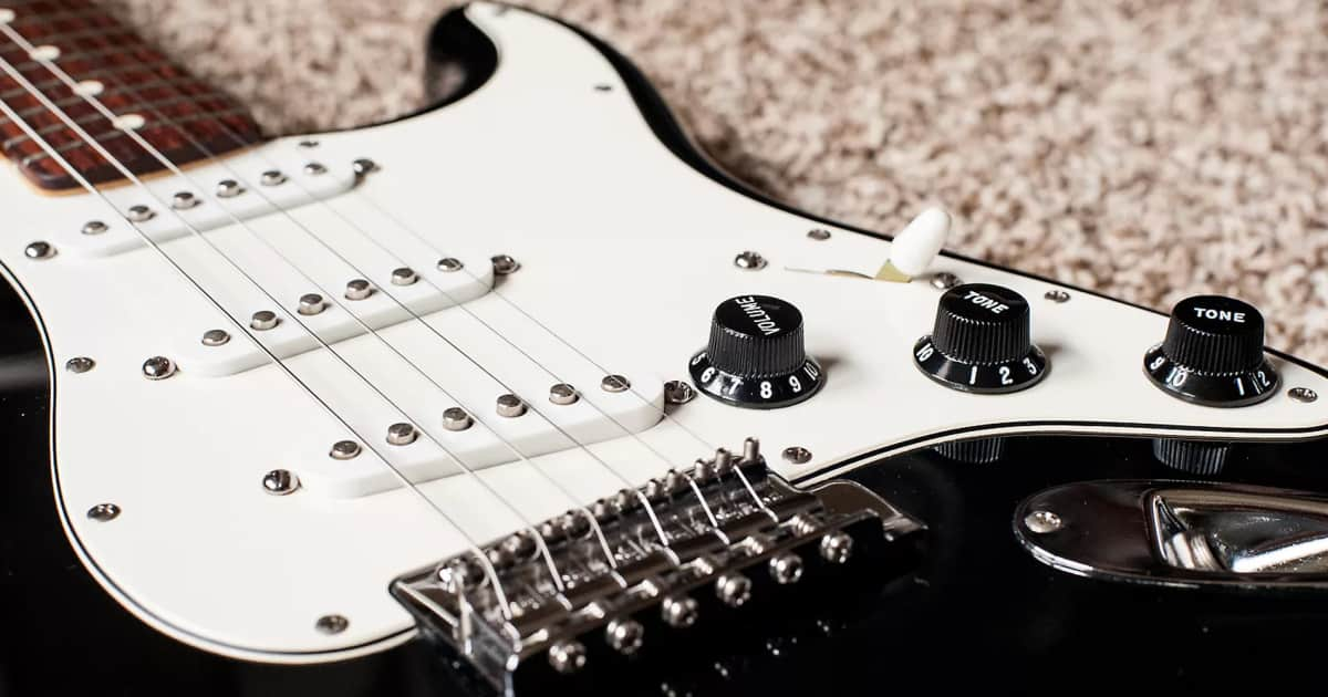 Fender instruments dating guide