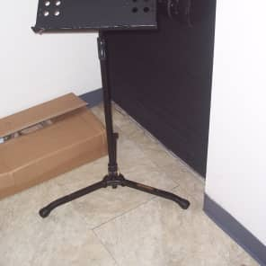 Hercules BS301B EZ Clutch Orchestra Music Stand w/ Tilting Base, Swivel Legs