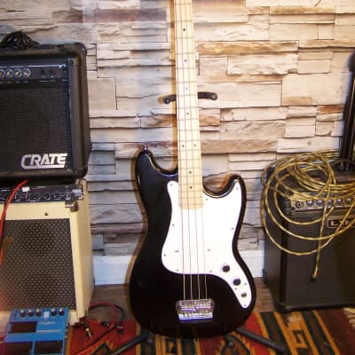 Squier Bronco Bass Guitar, Short Scale,  Black Finish, 2019