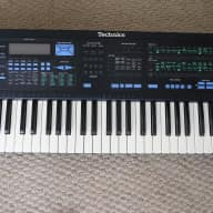 Technics AX7 1990's Synthesizer Keyboard. Many Sounds and Rhythm Patterns - Great Condition