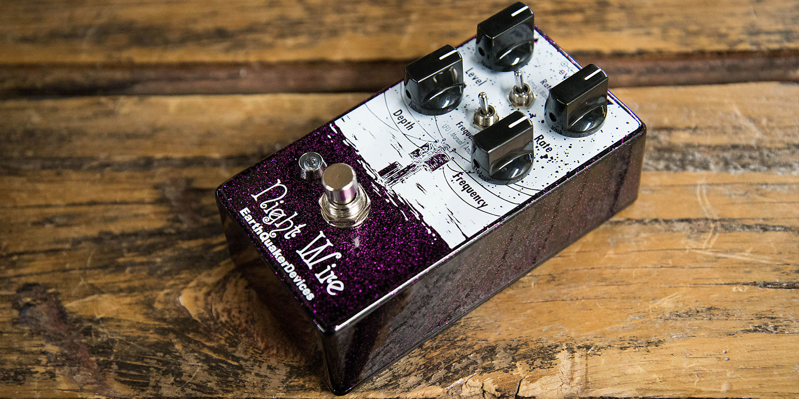 Earthquaker devices night wire tremolo reverb for Motor city guitar waterford