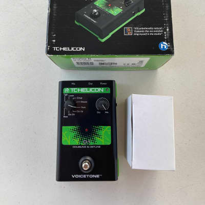 TC Helicon D1 Doubling & Detune Doubler Vocal Effect Pedal + Box & Power Supply