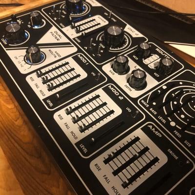 Dreadbox Nyx V2 / Duophonic Synthesizer