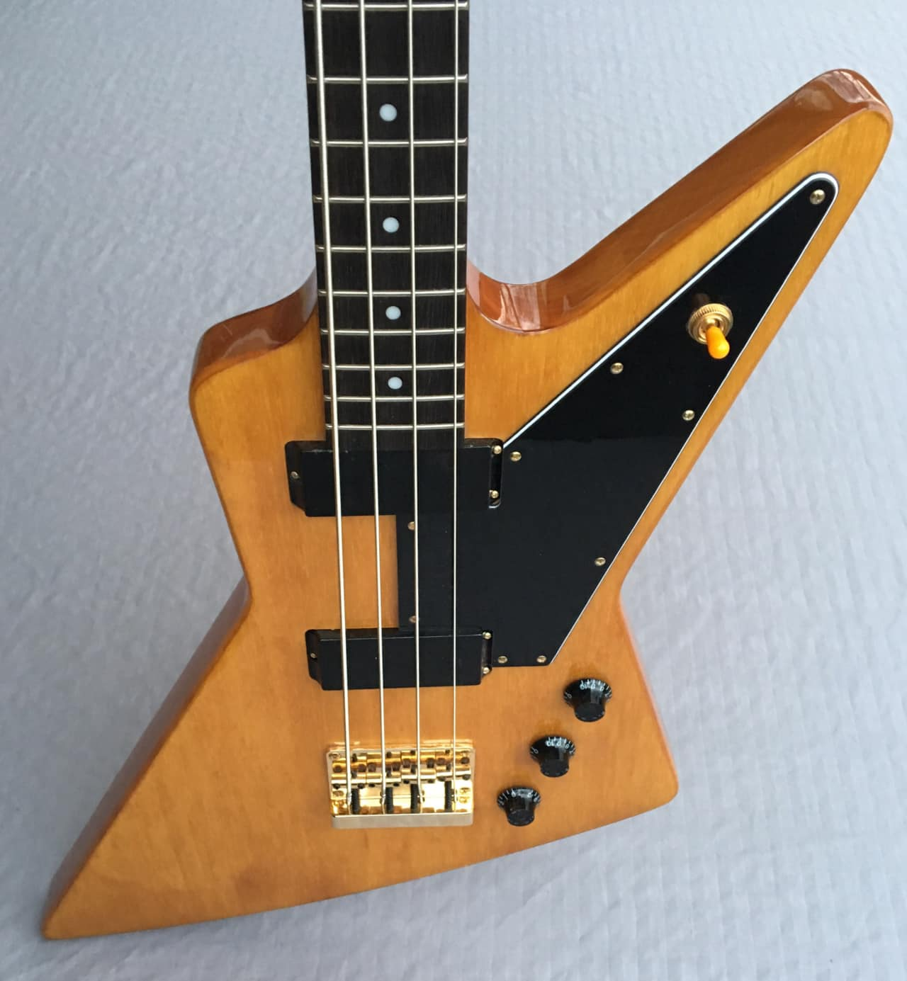 Epiphone Limited Edition Korina Explorer Bass In Antique