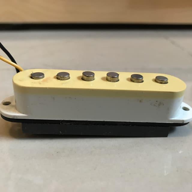 Fender Stratocaster Pickup Aged White image