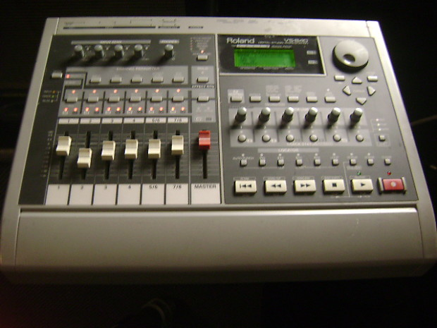 Roland VS-840 with cartridge, super clean, super smooth faders,hardly  used,nice