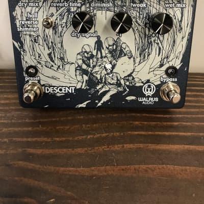 Walrus Audio Descent Reverb/Octave Machine Guitar Effects Pedal
