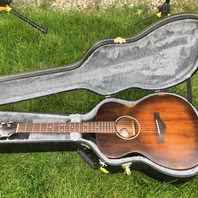 Ibanez  Ibanez AVC6 Grand Concert Acoustic Guitar Distressed Tobacco Sunburst for sale