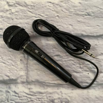 Universal MC103 Wired Dynamic Vocal Microphone
