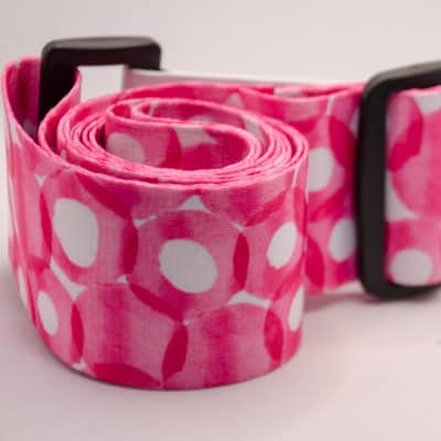 Guitar Straps: Brivata Premium Nylon Guitar Strap (Pink Circles Guitar Strap)