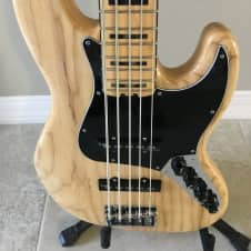 Fender American Elite Jazz Bass V  5-String, Natural (Ash) 2015