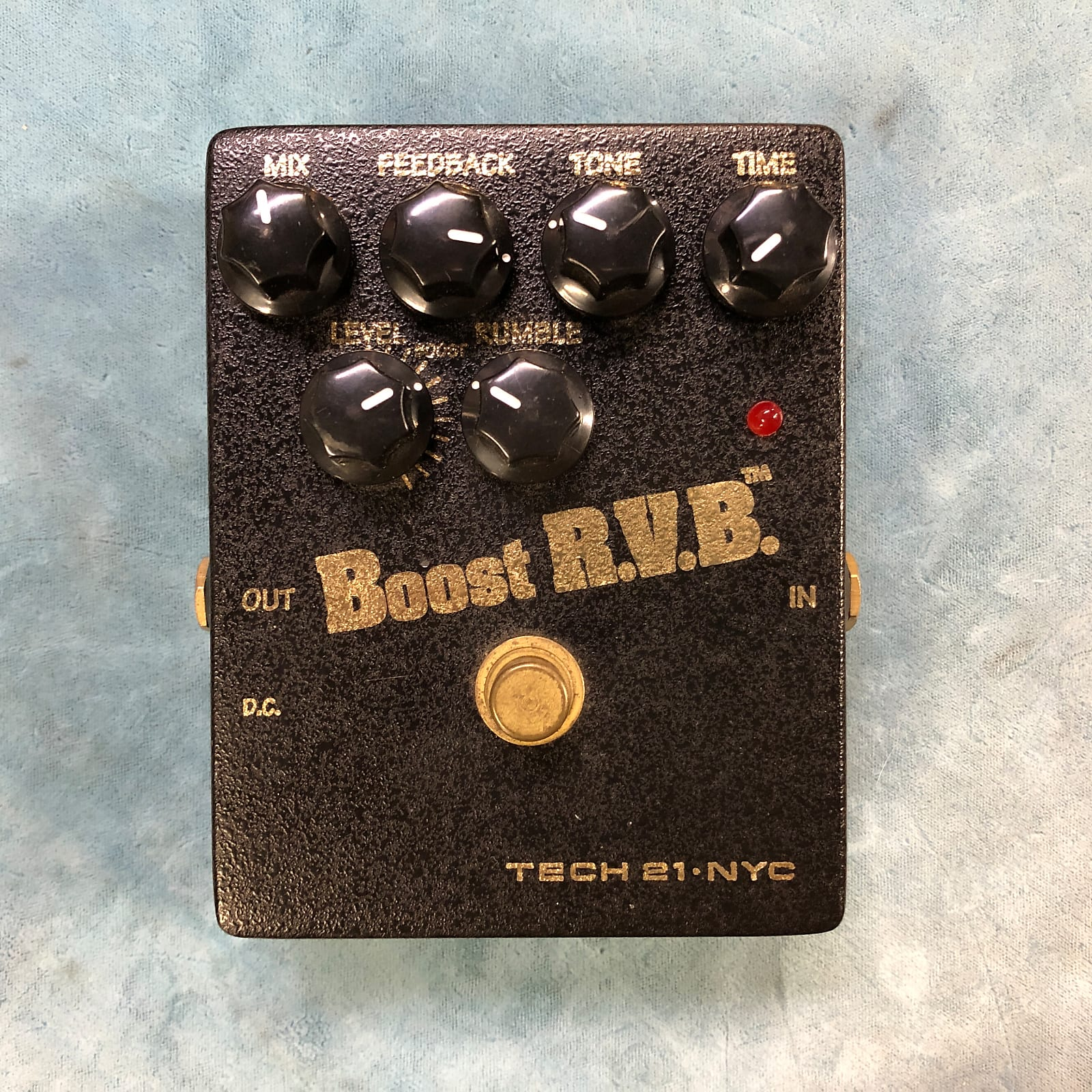 Tech 21 Boost R.V.B. Booster Analog Reverb Emulator / Clean Boost RVB w/ Tin Box