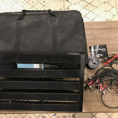 Pedaltrain Novo 24 Pedalboard w/ T-Rex Fuel Tank and Patch Cables