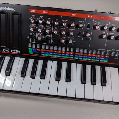 Roland Boutique Series JX-03 with K-25m Keyboard