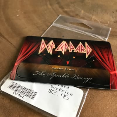 PikCard - Def Leppard - USA made guitar picks that fit in your wallet!