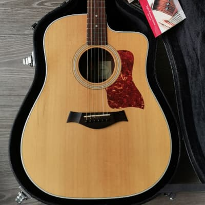 Taylor 210CE 2008 Natural with Cutaway Pick-Up & Original Case