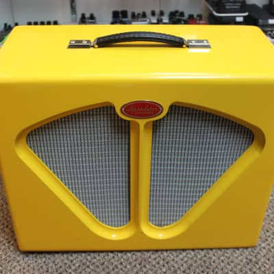 used Speedster 1x12 Guitar Speaker Cabinet Yellow with dust cover, Rare! for sale