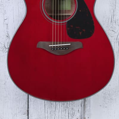 Yamaha FSX800C Concert Cutaway Acoustic Electric Guitar Solid Spruce Ruby Red