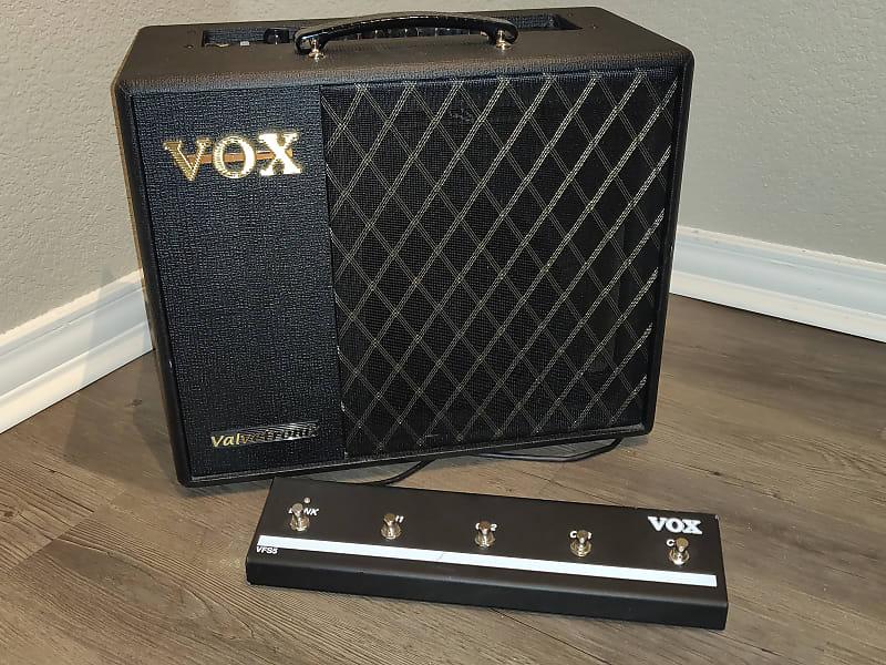 vox vt40x 40 watt 1x10 digital modeling guitar combo amp reverb. Black Bedroom Furniture Sets. Home Design Ideas