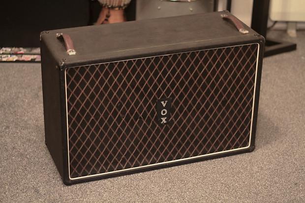 vox vintage foundation 2x12 oversized guitar cab reverb. Black Bedroom Furniture Sets. Home Design Ideas
